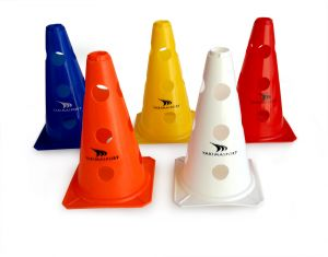 Cone with holes - 23cm